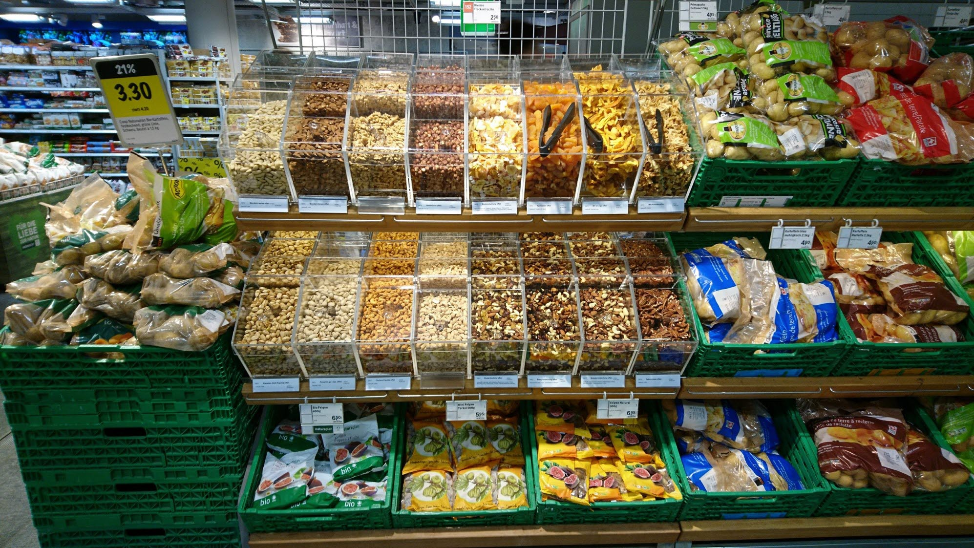 Coop_Switzerland_Bulk-Bins_HL-Display_Fresh_4.jpg