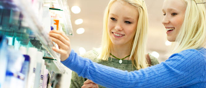 Health_Beauty Shopping 2 girls.jpg